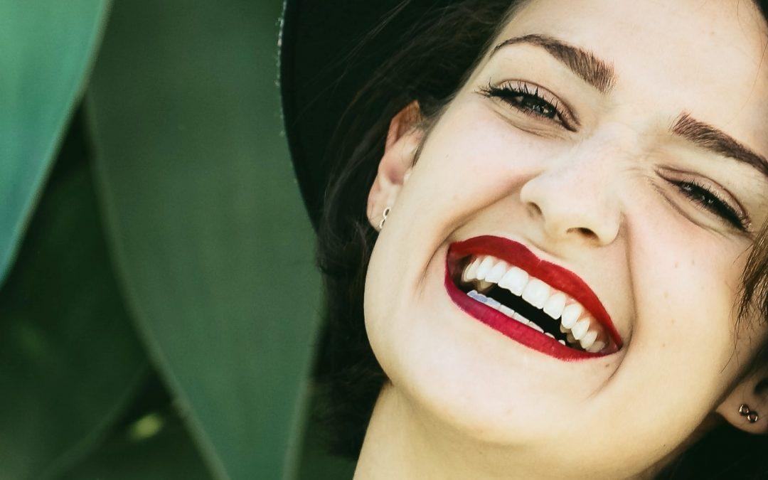 Get Sparkling White Teeth At Grosvenor Dental Practice